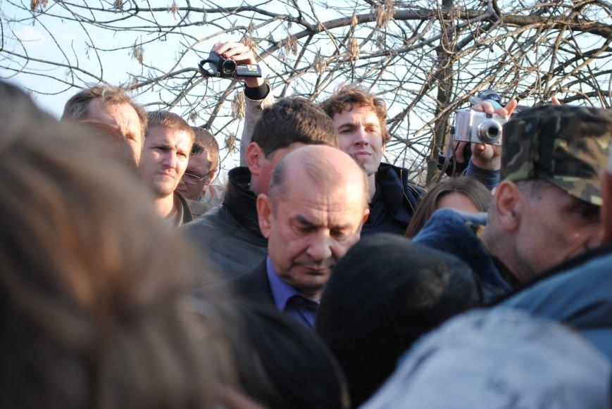 Геннадий Костюков  во время  вооруженного  столкновения  на Краматорском аэродроме (ФОТО, ВИДЕО), фото-1
