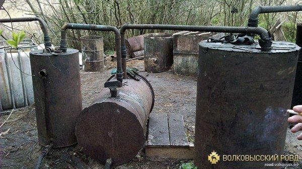 «Самогонный» мини-завод уничтожен в Волковысском районе (фото), фото-2