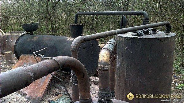 «Самогонный» мини-завод уничтожен в Волковысском районе (фото), фото-4