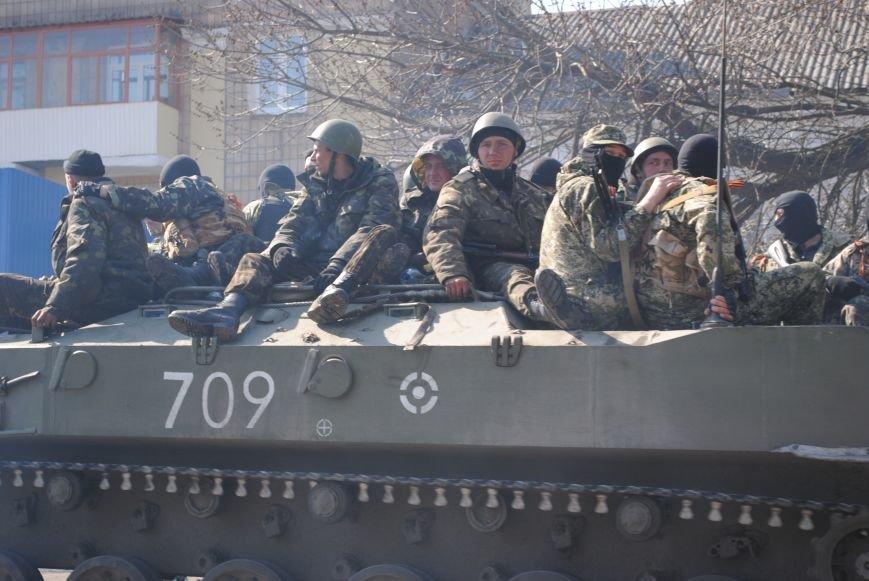 Из Краматорска в сторону Славянска проследовала колонна тяжелой военной техники (ФОТО, ВИДЕО), фото-20