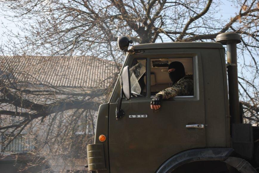 Из Краматорска в сторону Славянска проследовала колонна тяжелой военной техники (ФОТО, ВИДЕО), фото-21