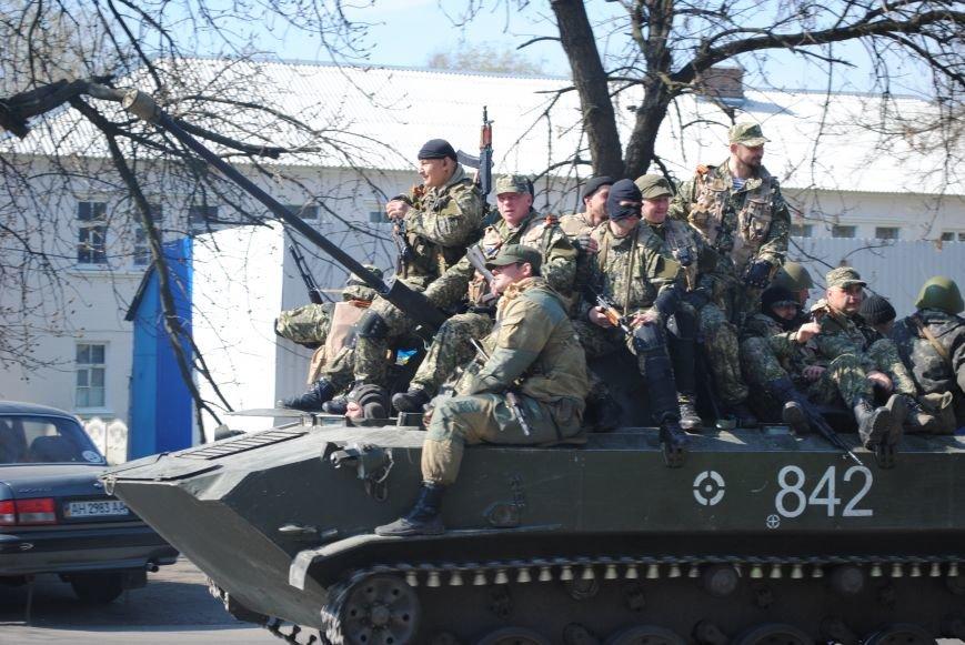 Из Краматорска в сторону Славянска проследовала колонна тяжелой военной техники (ФОТО, ВИДЕО), фото-6