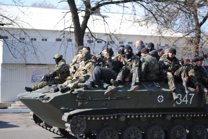 Из Краматорска в сторону Славянска проследовала колонна тяжелой военной техники (ФОТО, ВИДЕО), фото-2