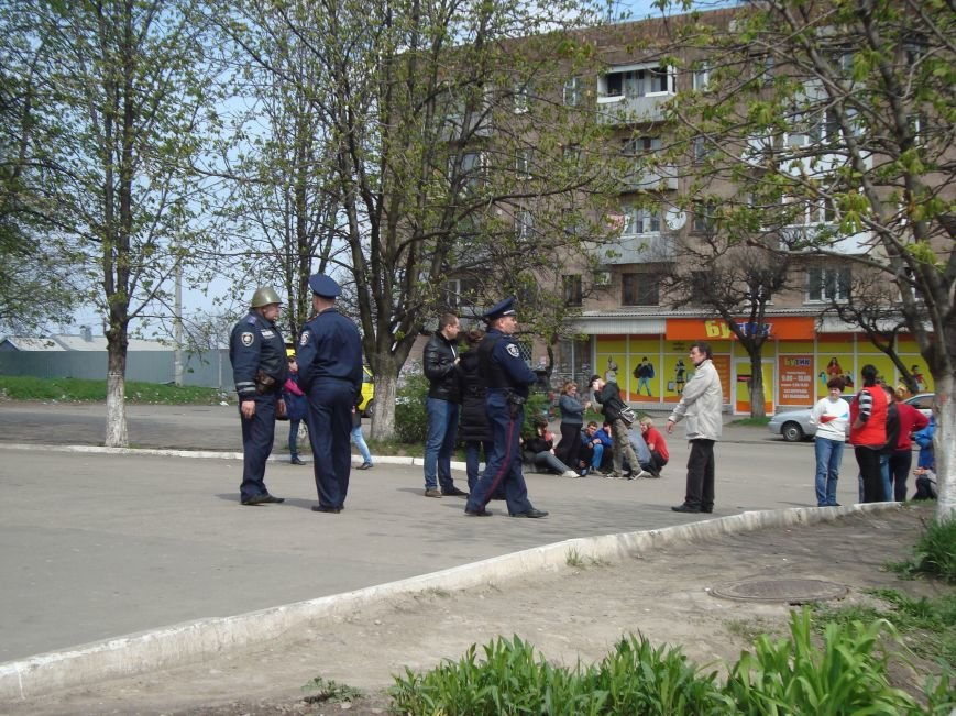 В Днепродзержинске заминировали ЖД вокзал и магазин АТБ (ОБНОВЛЕНО), фото-9