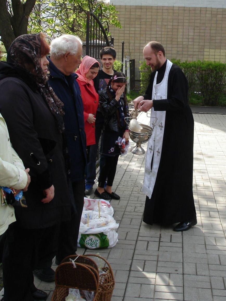 В Полтаве начали святить пасхальные куличи (Фото), фото-3