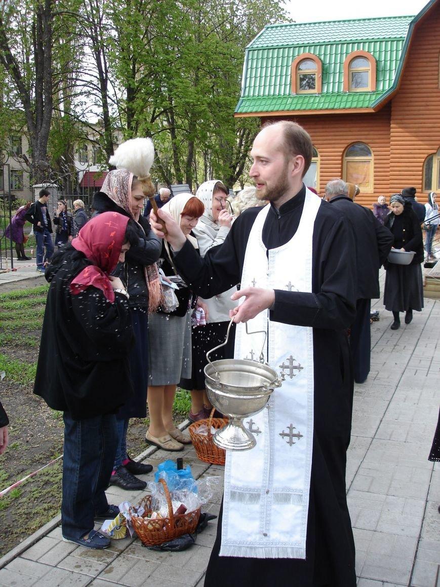 В Полтаве начали святить пасхальные куличи (Фото), фото-9