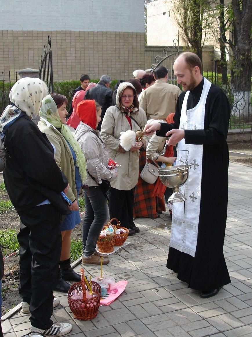 В Полтаве начали святить пасхальные куличи (Фото), фото-7