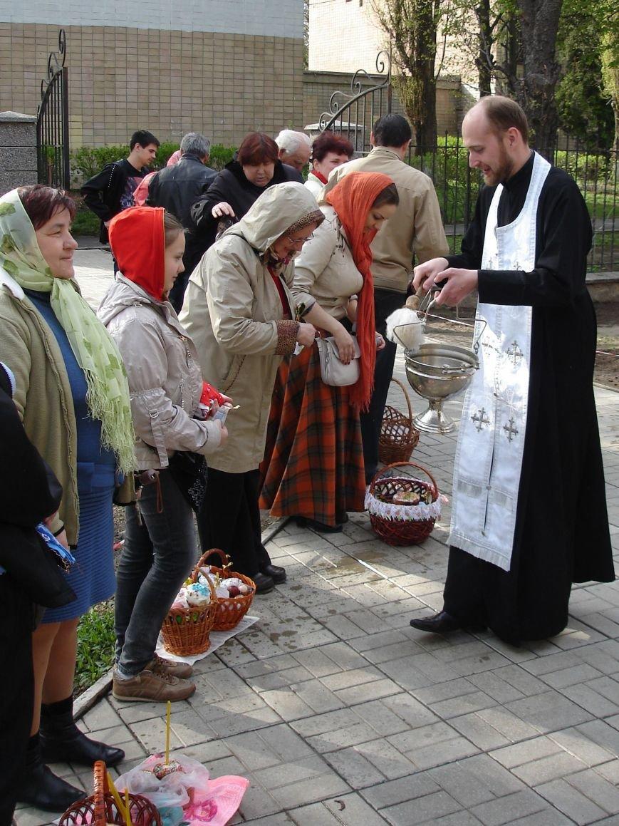 В Полтаве начали святить пасхальные куличи (Фото), фото-6