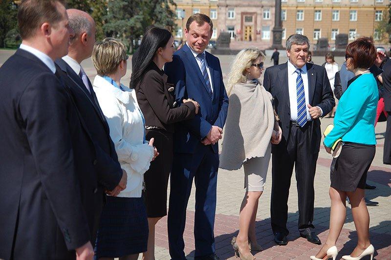 Первые лица Белгорода и области посетили пасхальное богослужение на Соборной площади, фото-5