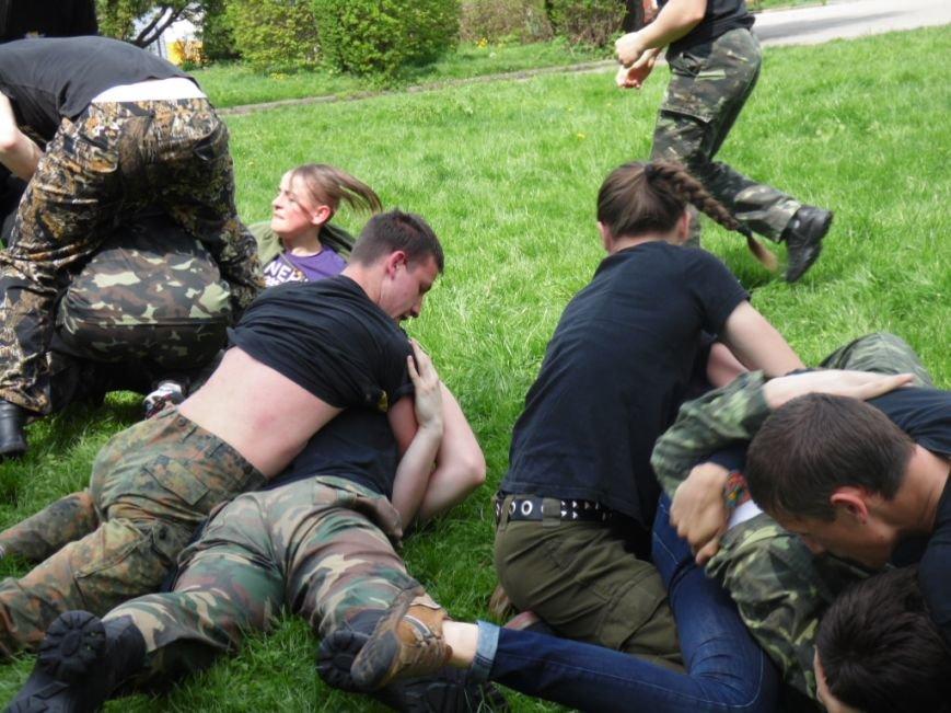 На набережній Тернопільського ставу влаштували масову бійку (фото), фото-9