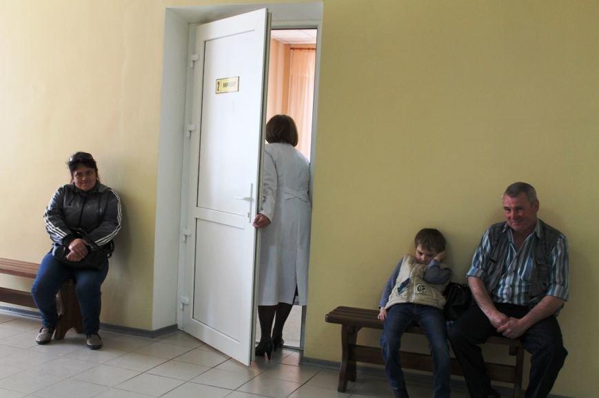 В Артемовске открыли после капитального ремонта поликлинику (ФОТО), фото-11