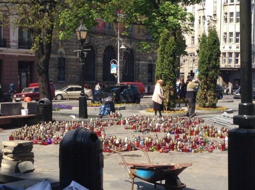 У Львові розібрали сцену Євромайдану на частинки (ФОТО), фото-3