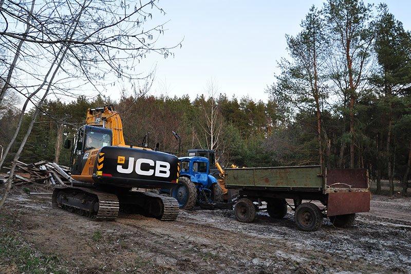 Лес в Нижнем Ольшанце:  Жители села собираются жаловаться президенту на власти и застройщиков, фото-2