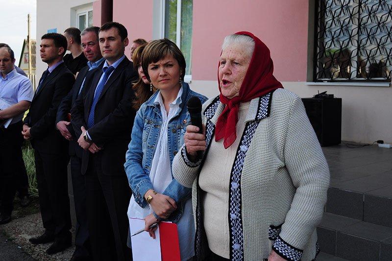 Лес в Нижнем Ольшанце:  Жители села собираются жаловаться президенту на власти и застройщиков, фото-1