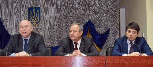 01_05_2014_Mariupolskuyu miliciyu vozglavil novyy rukovoditel_2s