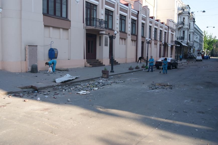 Фоторепортаж: Утро после адской пятницы в Одессе, фото-6