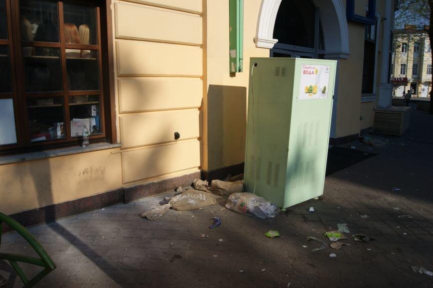 Фоторепортаж: Утро после адской пятницы в Одессе, фото-18