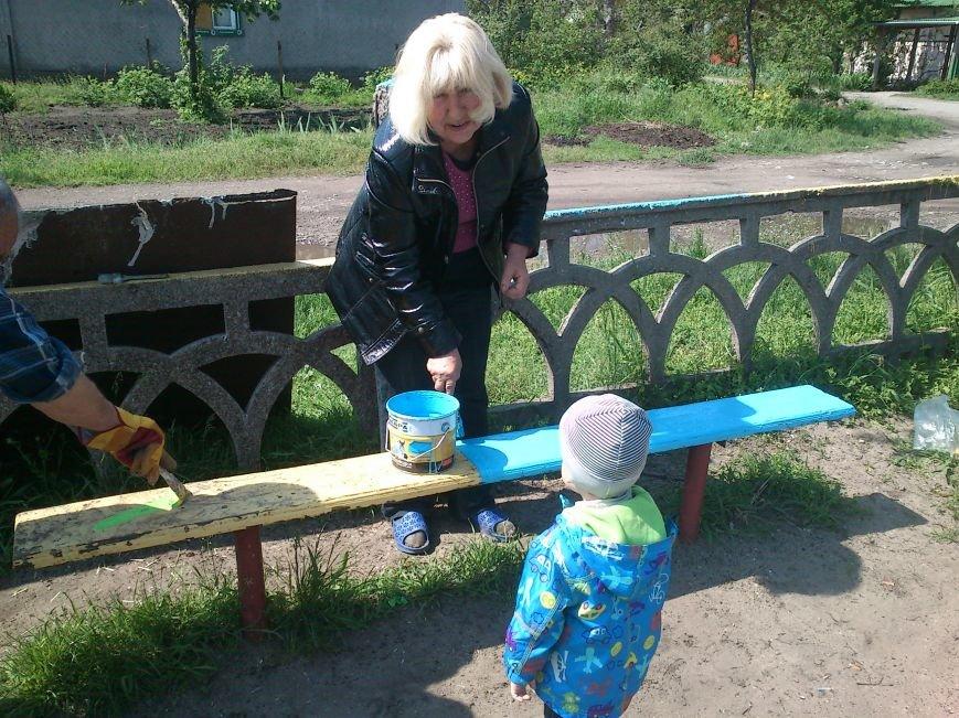 В Днепродзержинске обновили и расширили детскую площадку на  55-ом блочке, фото-6