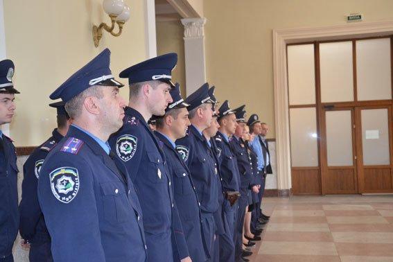 У Львові міліція посилила патрулі на вокзалі та залізниці (ФОТО), фото-2