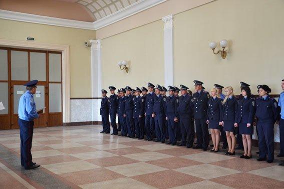 У Львові міліція посилила патрулі на вокзалі та залізниці (ФОТО), фото-3