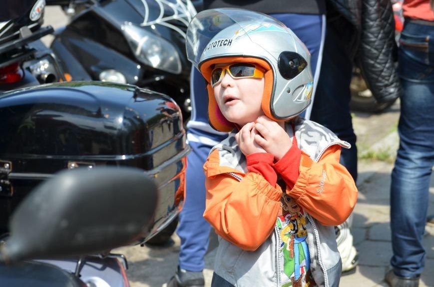 Антощенко «открыл» мотосезон в Николаеве на раритетной «Волге» (ФОТО), фото-2