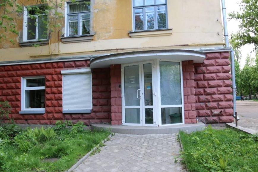 Окна в офисе Яценюка в Чернигове побили по ошибке, фото-6