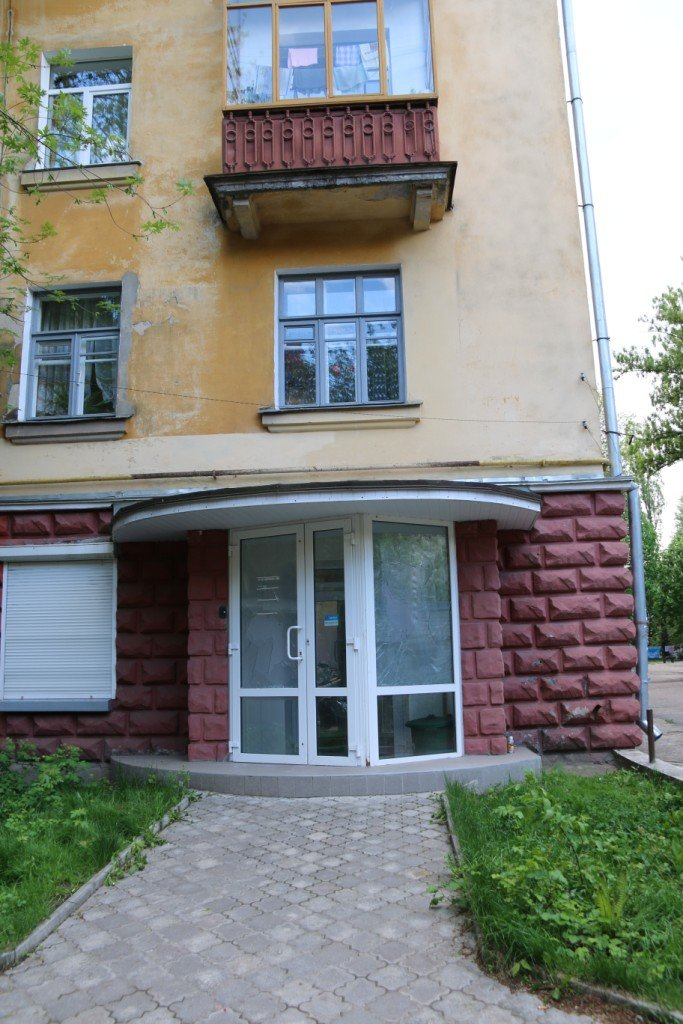 Окна в офисе Яценюка в Чернигове побили по ошибке, фото-5