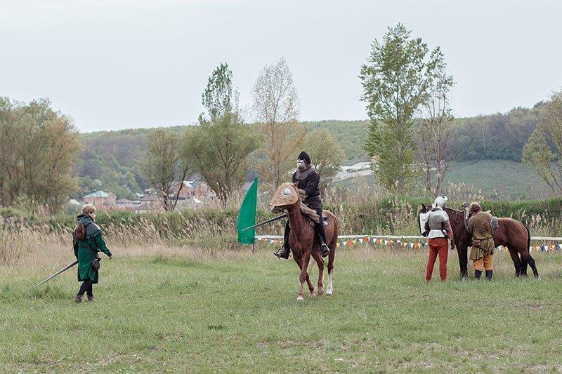 В Белгороде прошёл рыцарский турнир, фото-1
