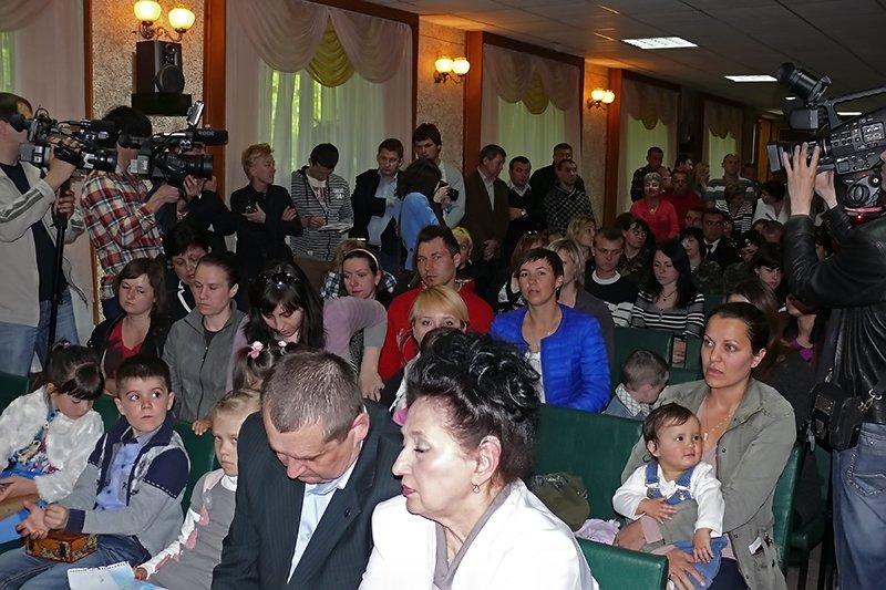 На Николаевщине Тимошенко пообещала детям крымских военных, что они обязательно вернутся домой (ФОТО) - обновлено, фото-2