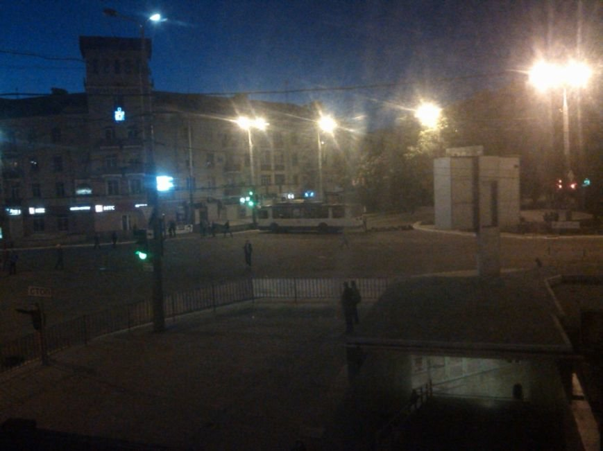 В Мариуполе начались военные действия? (ФОТО+ОБНОВЛЯЕТСЯ) (фото) - фото 6