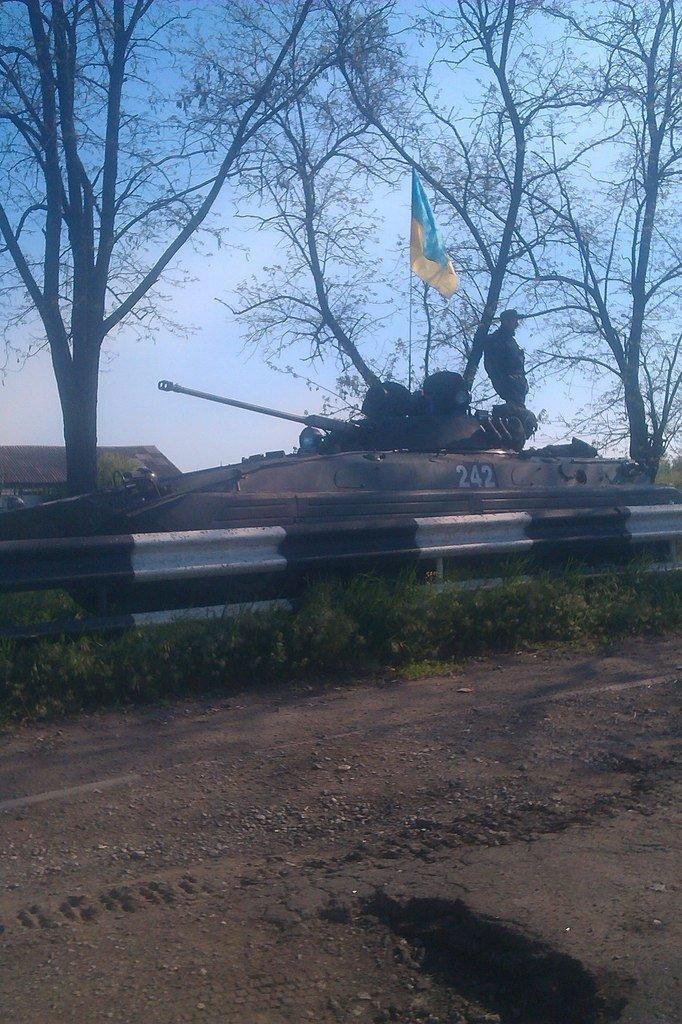 В Мариуполь вошли танки (ФОТО+ВИДЕО), фото-8
