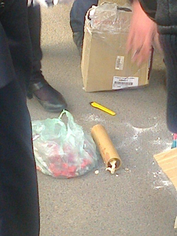 Міліція з'ясовує чому невідомі везли до Львова бронежилети та банки із хімічними речовинами (ФОТО), фото-3