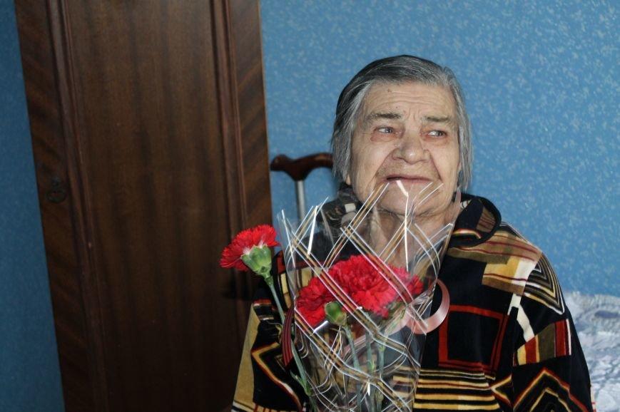 Артемовские регионалы поздравили ветеранов с Днем Победы (ВИДЕО), фото-2