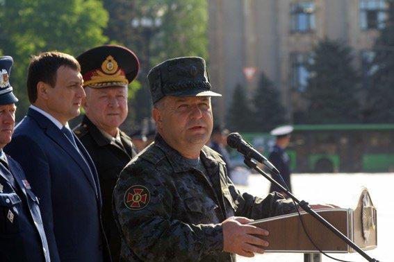 Порядок в Харькове ежедневно будут охранять около пяти тысяч милиционеров, фото-3