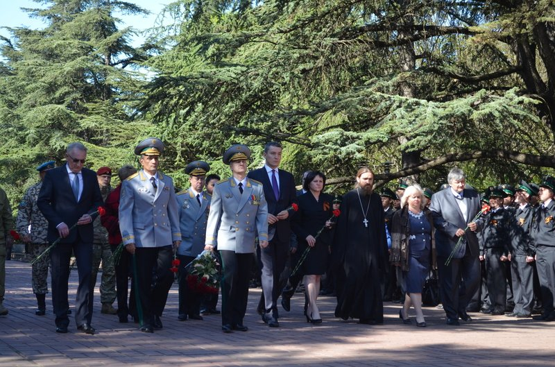 В Симферополе 114 судебных приставов по-новому дали присягу (ФОТО), фото-1