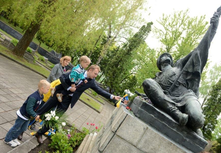 Як у Львові вшановували пам'ять загиблих під час Другої світової війни (ФОТОРЕПОРТАЖ), фото-9
