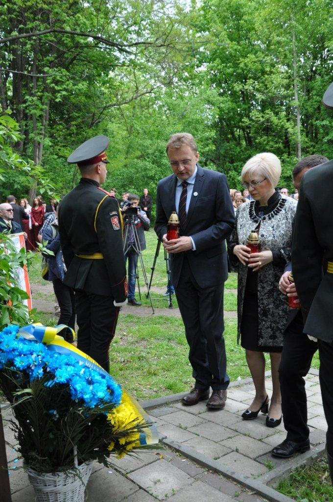 Як у Львові вшановували пам'ять загиблих під час Другої світової війни (ФОТОРЕПОРТАЖ), фото-4