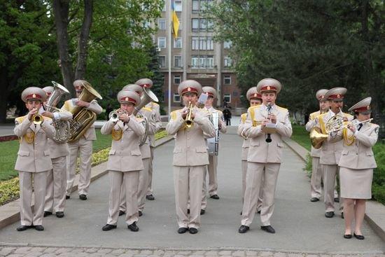Николаевцы возложили цветы к памятнику Ольшанцам (ФОТО), фото-4