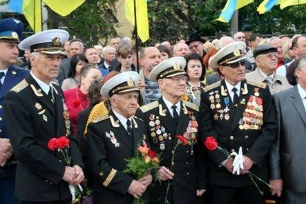 Николаевцы возложили цветы к памятнику Ольшанцам (ФОТО), фото-3