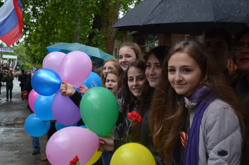 Дождь не помешал провести парад Победы в Симферополе (ФОТО, ВИДЕО), фото-8