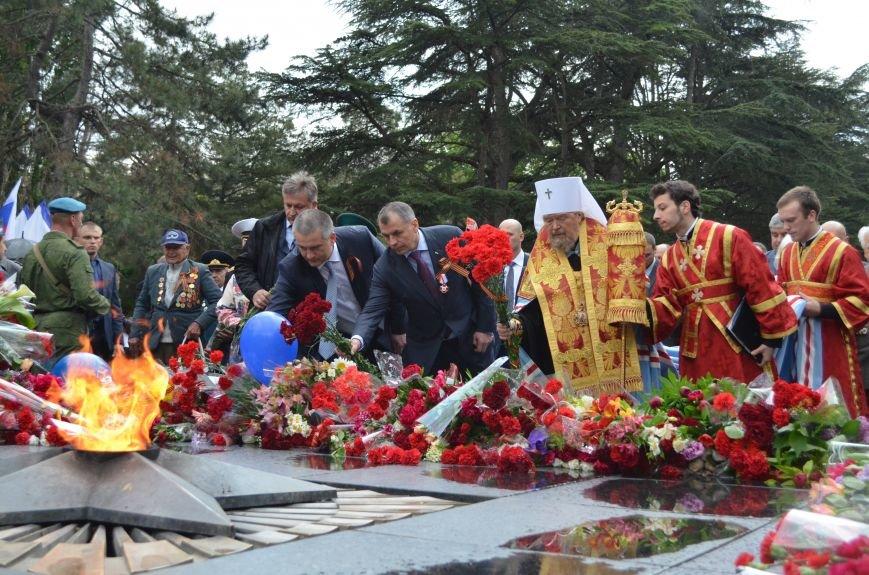 Дождь не помешал провести парад Победы в Симферополе (ФОТО, ВИДЕО), фото-16