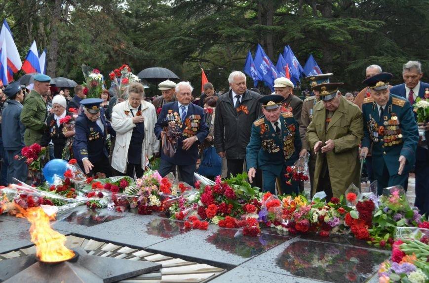 Дождь не помешал провести парад Победы в Симферополе (ФОТО, ВИДЕО), фото-13