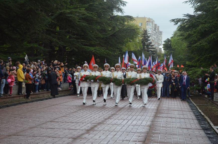 Дождь не помешал провести парад Победы в Симферополе (ФОТО, ВИДЕО), фото-12