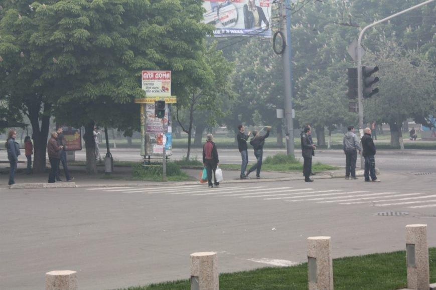 В Мариуполе стреляют! Горят здания, гибнут люди (ФОТО+ВИДЕО+ОБНОВЛЯЕТСЯ) (фото) - фото 5