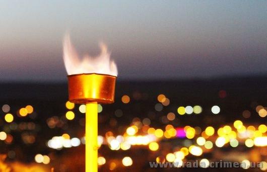Тысячи керчан приняли участие в факельном шествии (ФОТО), фото-4