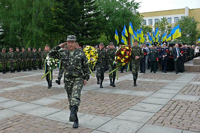 В Николаеве мирно отметили День Победы (ФОТОРЕПОРТАЖ), фото-6