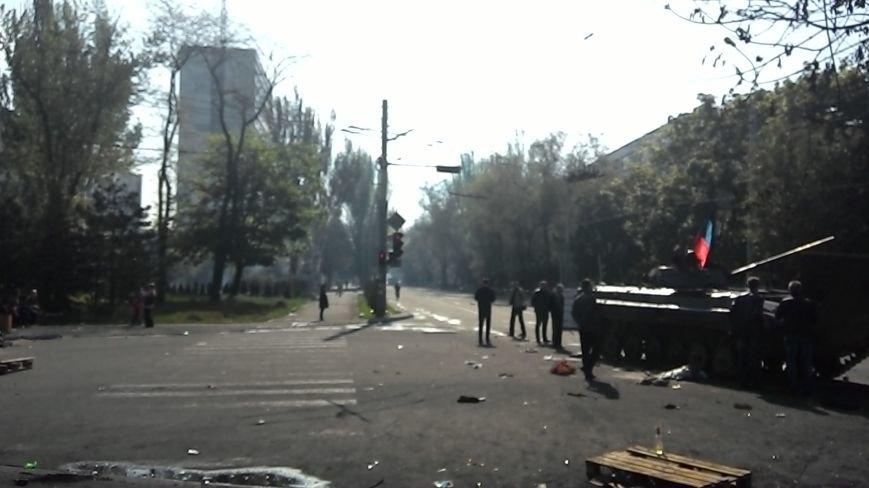 Здание Мариупольского горсовета выгорело частично, а УВД выгорело полностью (Фото), фото-4