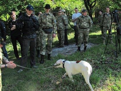 Народна Самооборона охороняла місто 9 травня разом із собачкою «Сніжком» (ФОТО), фото-1