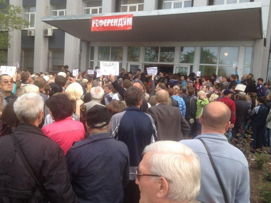 В Мариуполе стартовал референдум. Выстроились очереди (ФОТО+ОБНОВЛЯЕТСЯ), фото-9