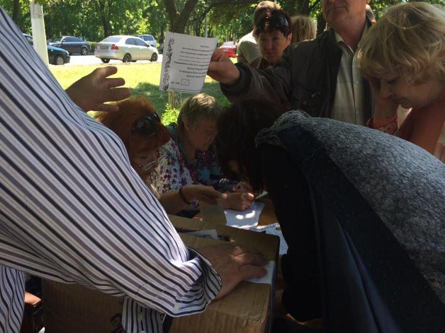 В Мариуполе стартовал референдум. Выстроились очереди (ФОТО+ОБНОВЛЯЕТСЯ), фото-18